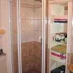 Salle de bain noir et blanc AVANT Sancerrois 18