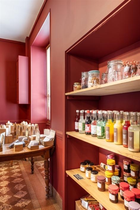 Restaurant à Chavignol par Virginie Vaudenay décoratrice UFDI Couleur de vie Bué en Sancerre dans le Cher (18)